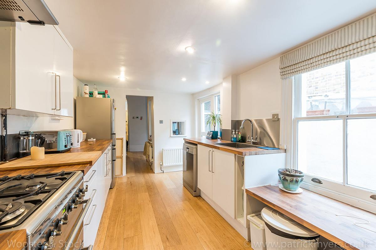 House - End Terrace For Sale in Ada Road, Camberwell, SE5 403 view7