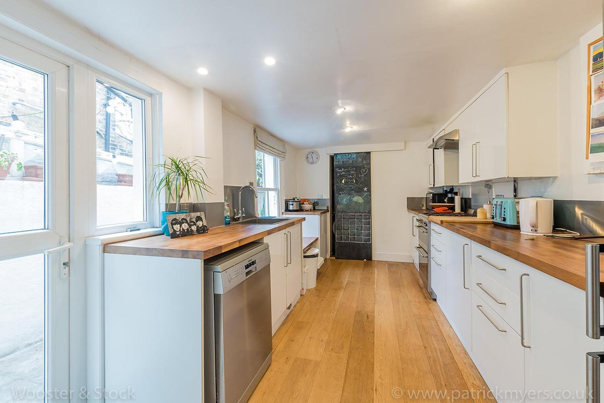 House - End Terrace For Sale in Ada Road, Camberwell, SE5 403 view6