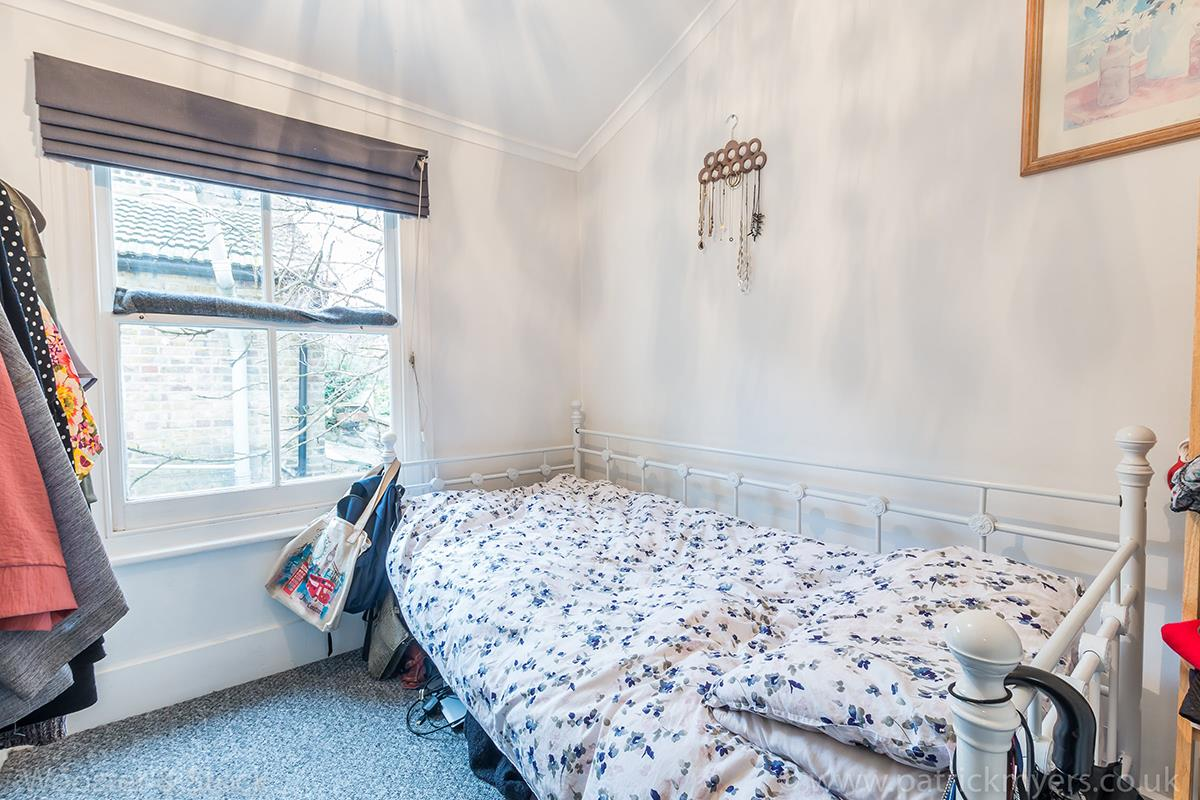 House - End Terrace For Sale in Ada Road, Camberwell, SE5 403 view9
