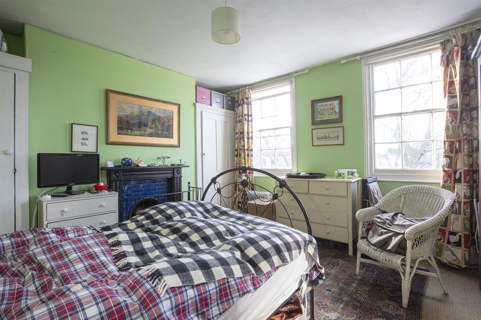 House - Terraced Sale Agreed in Addington Square, Camberwell, SE5 784 view22