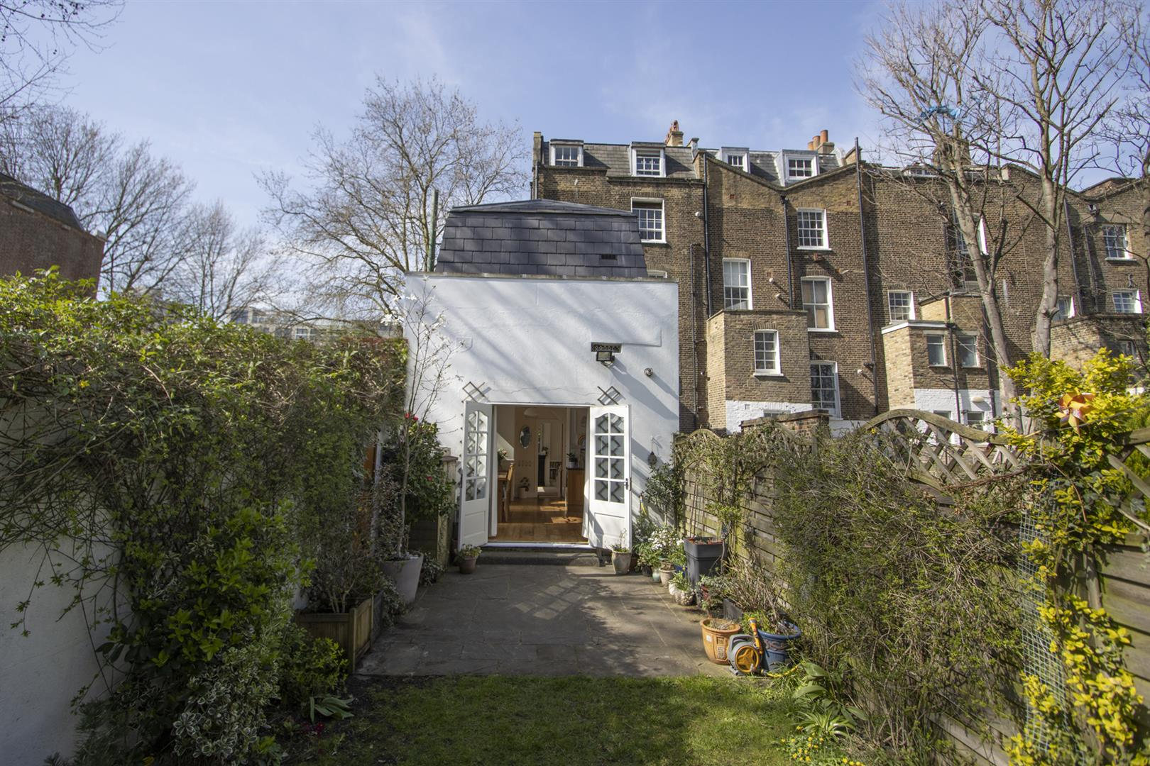 House - End Terrace For Sale in Addington Square, Camberwell, SE5 803 view13
