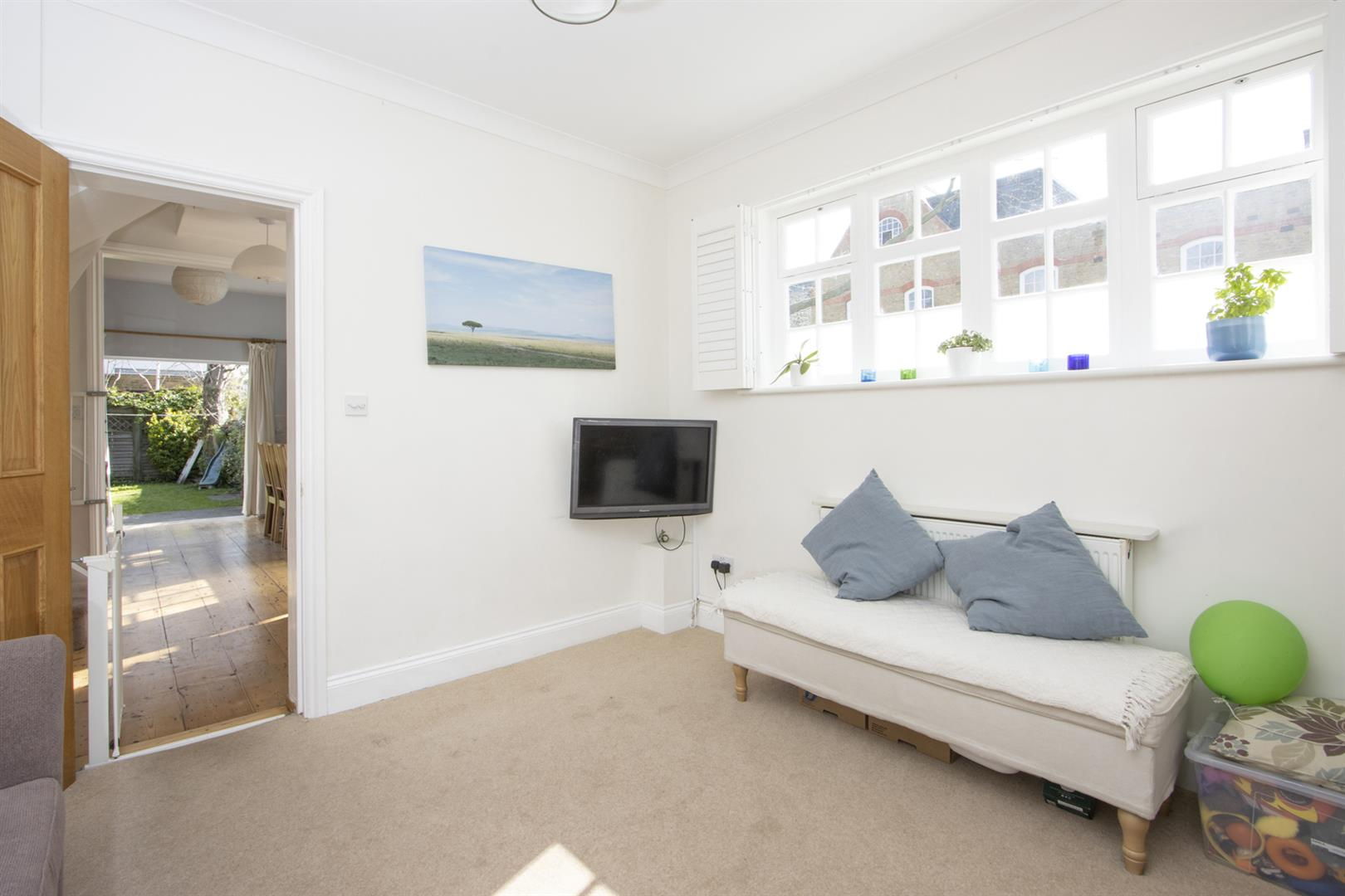 House - End Terrace For Sale in Addington Square, Camberwell, SE5 803 view7