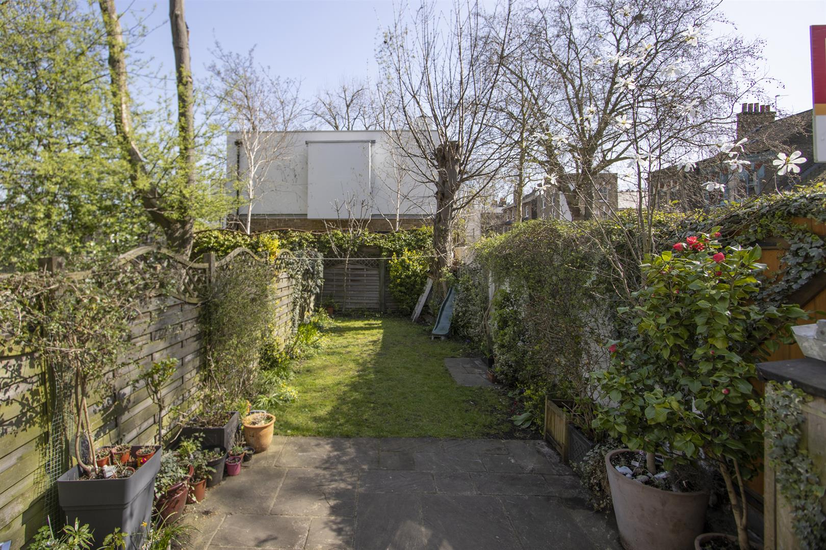House - End Terrace For Sale in Addington Square, Camberwell, SE5 803 view12