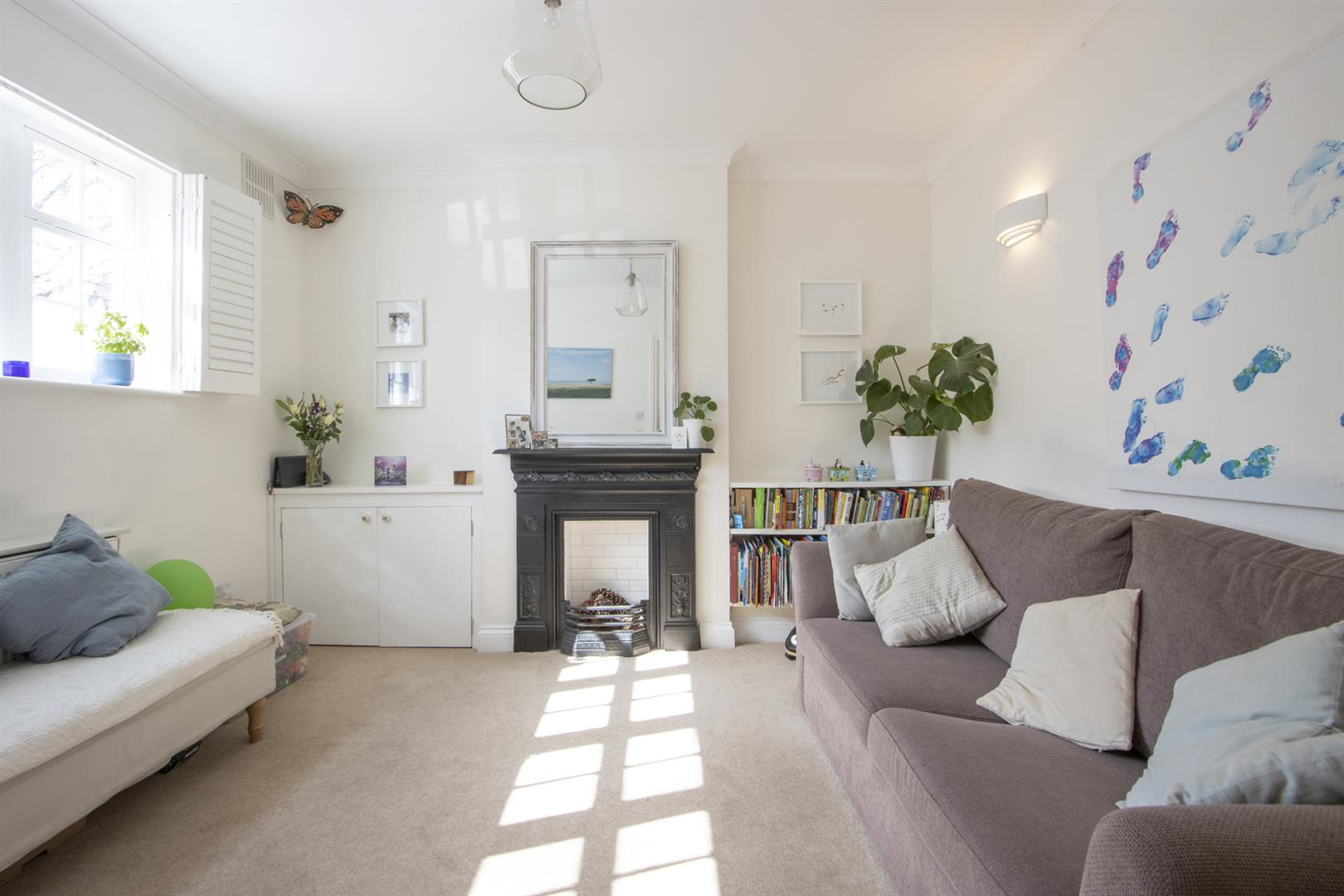 House - End Terrace For Sale in Addington Square, Camberwell, SE5 803 view6