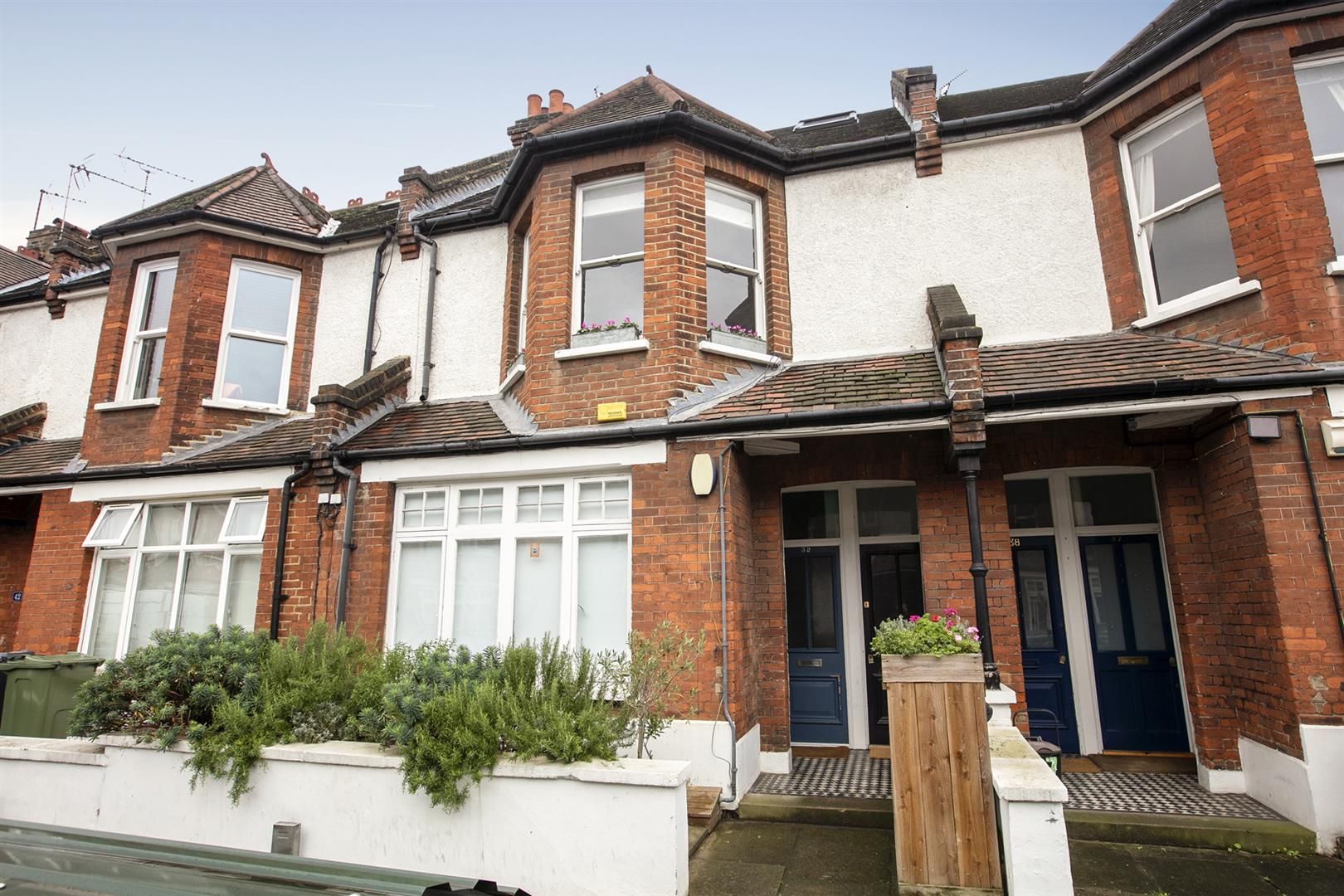 Maisonette For Sale in Bavent Road, Camberwell, SE5 727 view3