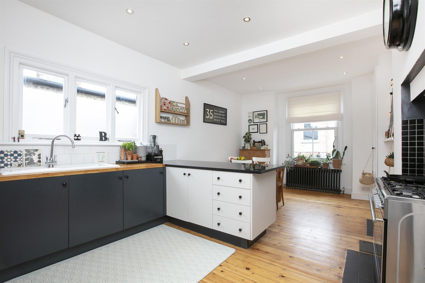 Maisonette For Sale in Bavent Road, Camberwell, SE5 727 view4