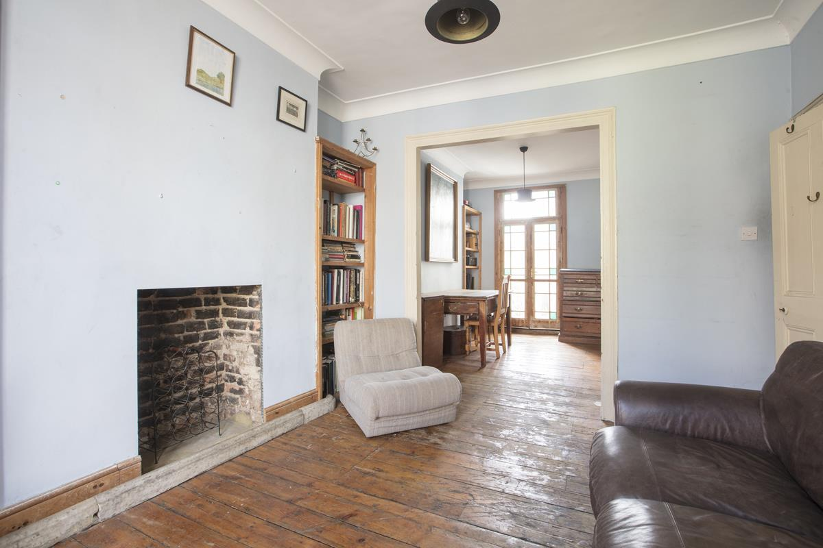 House - Terraced Sale Agreed in Bellenden Road, Peckham, SE15 426 view5