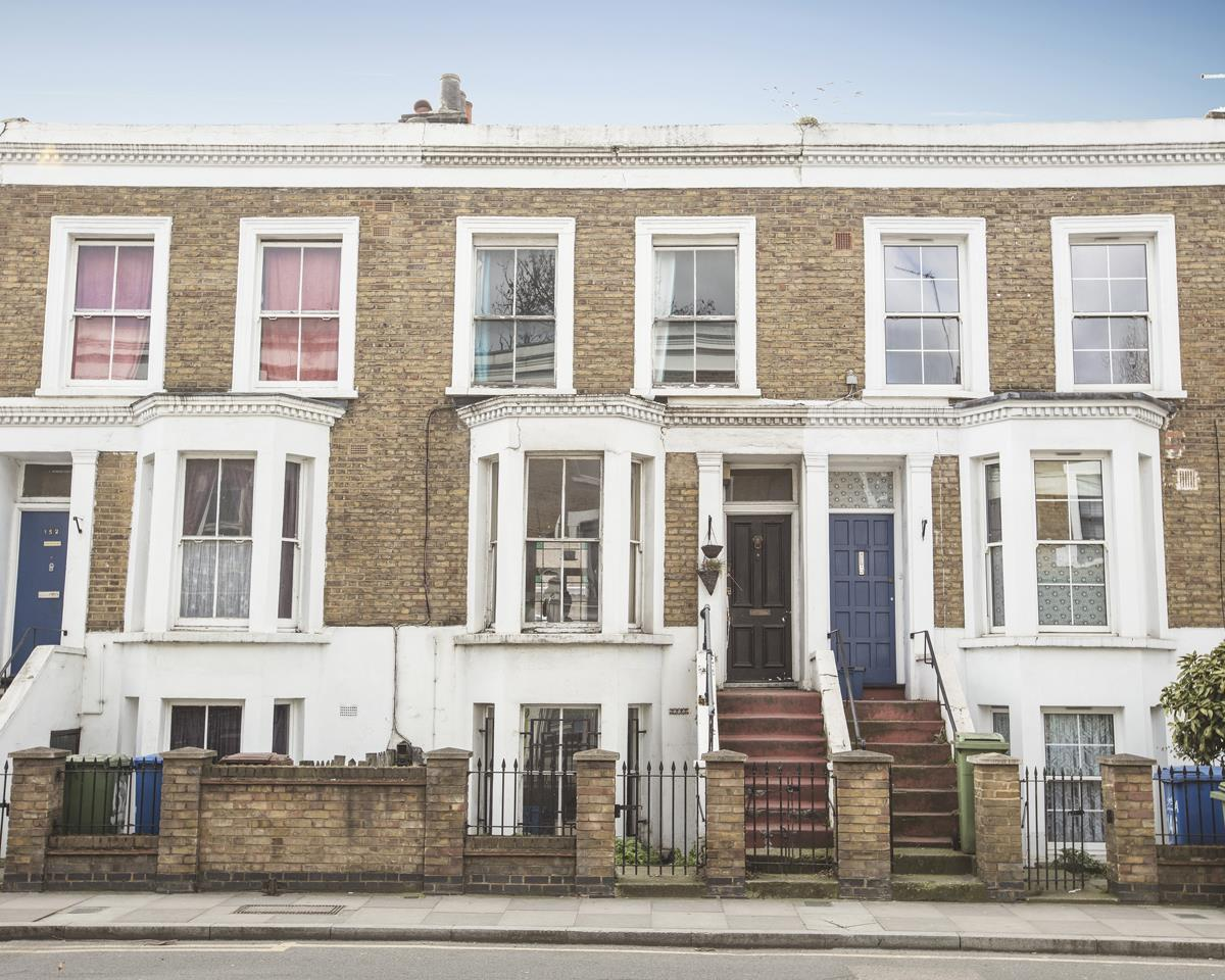 House - Terraced Sale Agreed in Bellenden Road, Peckham, SE15 426 view1