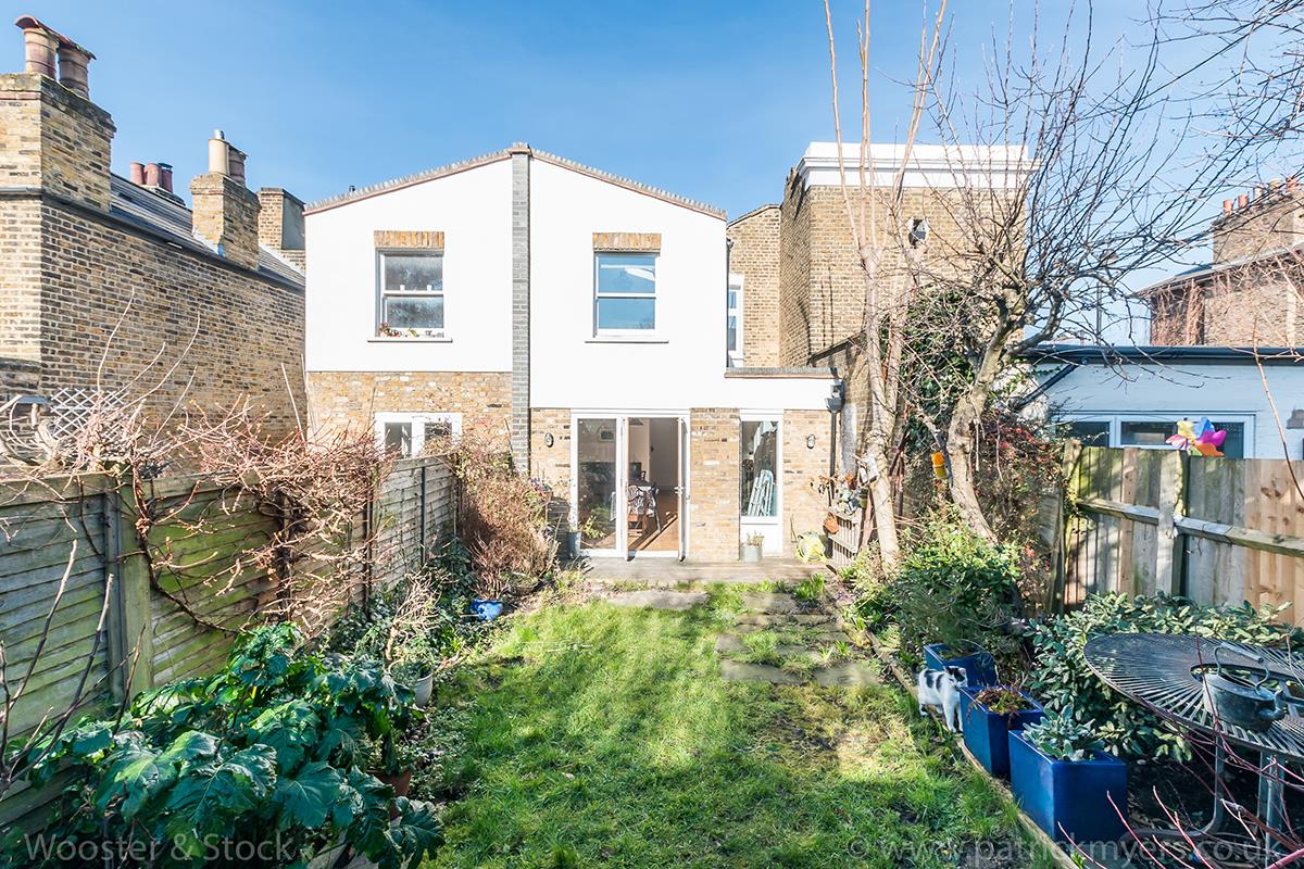 House - Terraced For Sale in Blenheim Grove, Peckham, SE15 419 view16