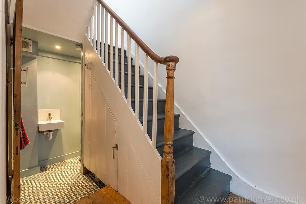 House - Terraced For Sale in Blenheim Grove, Peckham, SE15 419 view4
