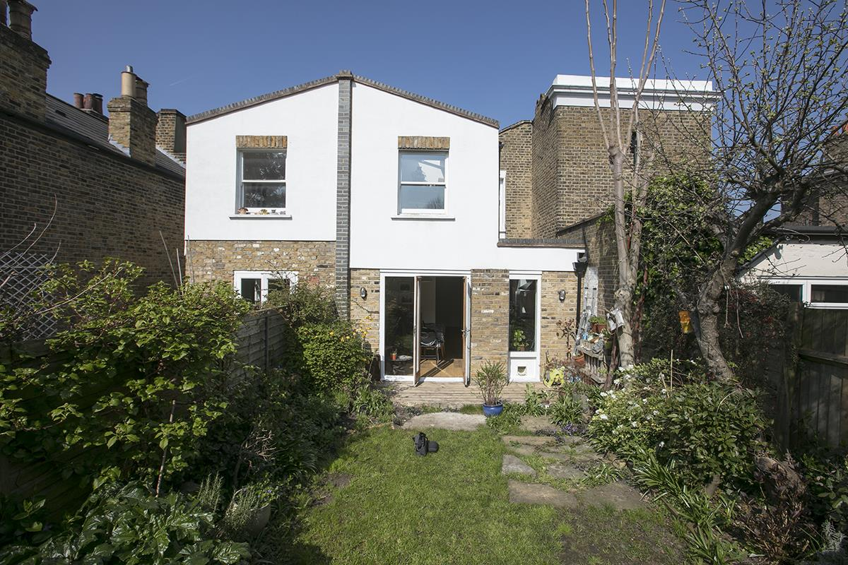 House - Terraced Sold in Blenheim Grove, Peckham, SE15 419 view15