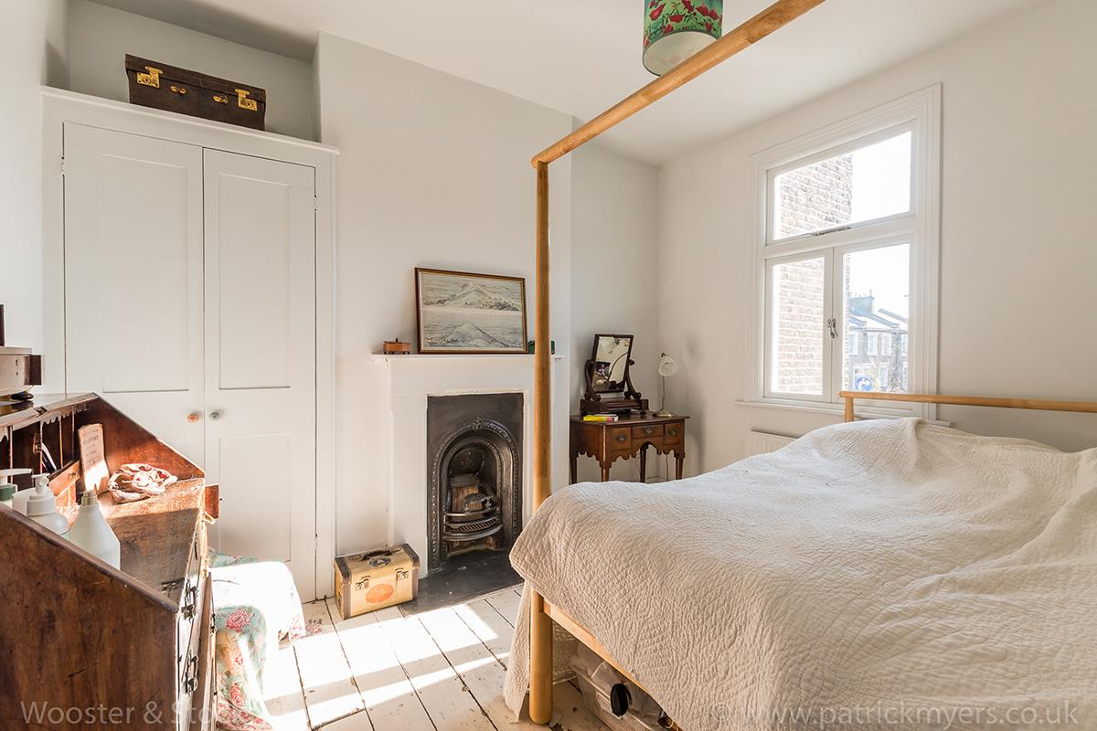 House - Terraced For Sale in Blenheim Grove, Peckham, SE15 419 view7