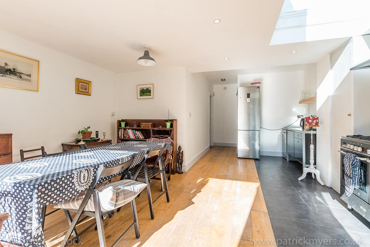 House - Terraced Sale Agreed in Blenheim Grove, Peckham, SE15 419 view14