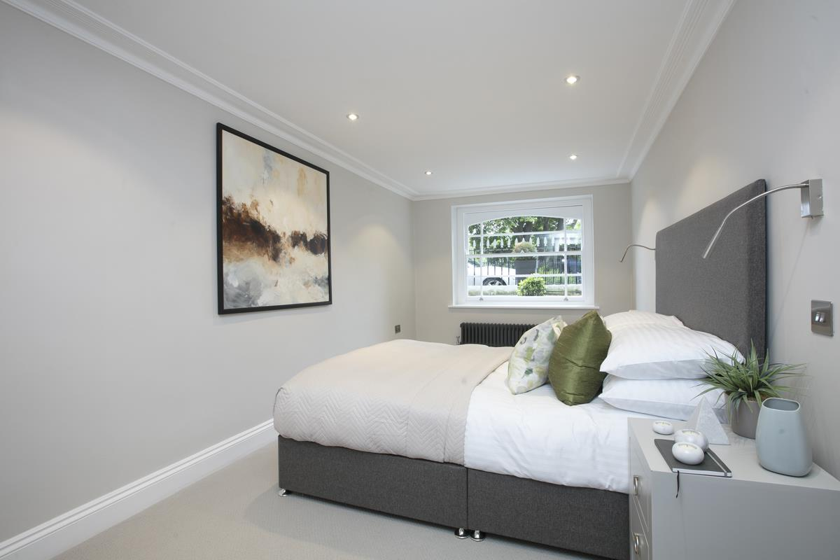 Flat/Apartment Sale Agreed in Brunswick Park, Camberwell SE5 344 view13