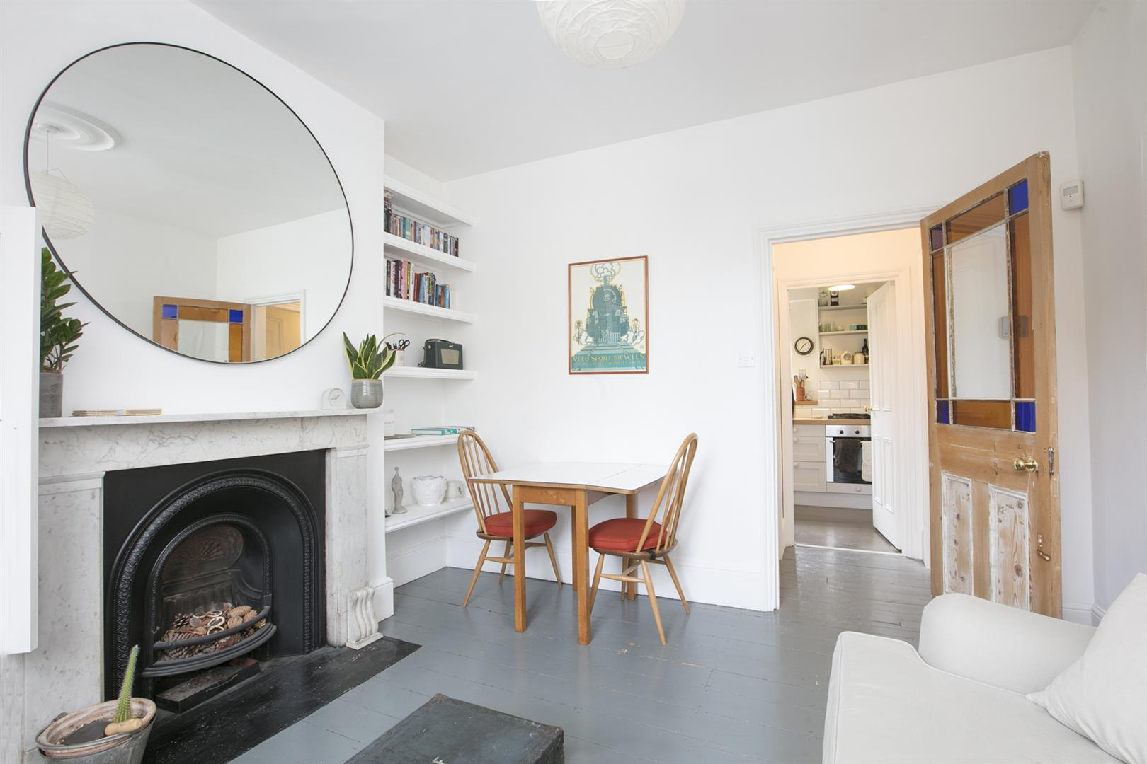 Flat - Conversion For Sale in Brunswick Villas, Camberwell, SE5 628 view3