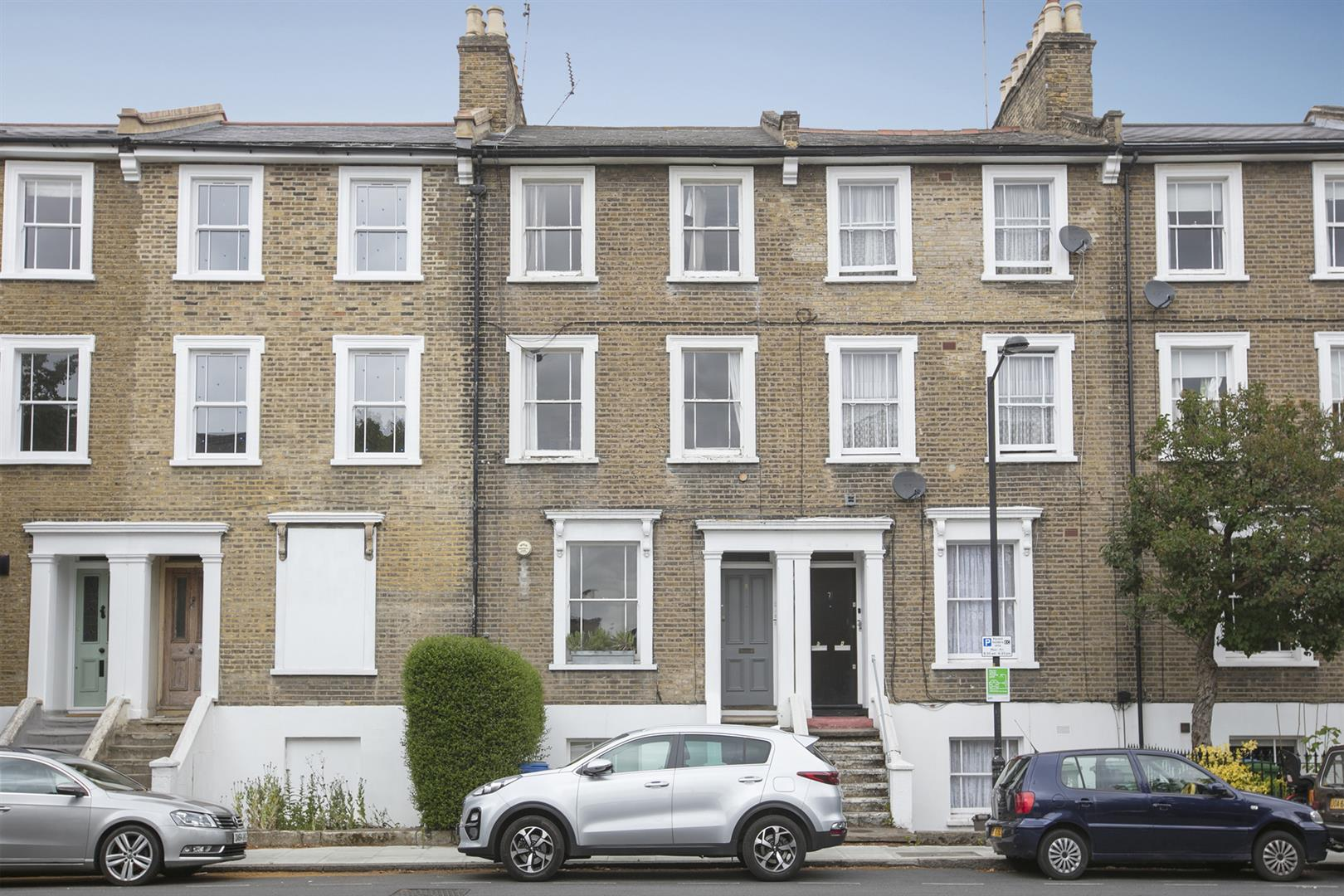 Flat - Conversion For Sale in Brunswick Villas, Camberwell, SE5 628 view2
