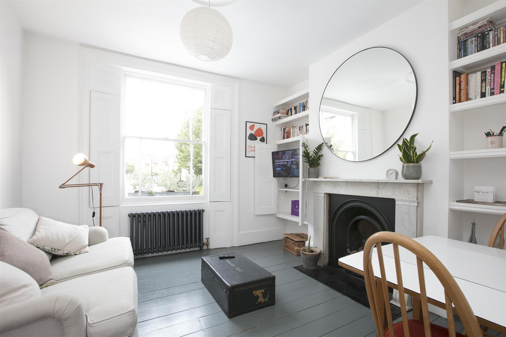 Flat - Conversion For Sale in Brunswick Villas, Camberwell, SE5 628 view1
