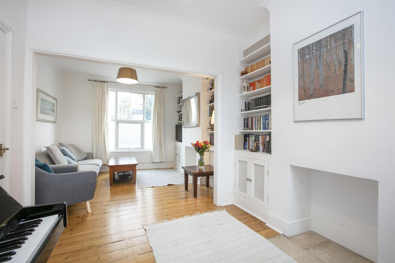 House - Terraced Sale Agreed in Buchan Road, Nunhead, SE15 760 view2