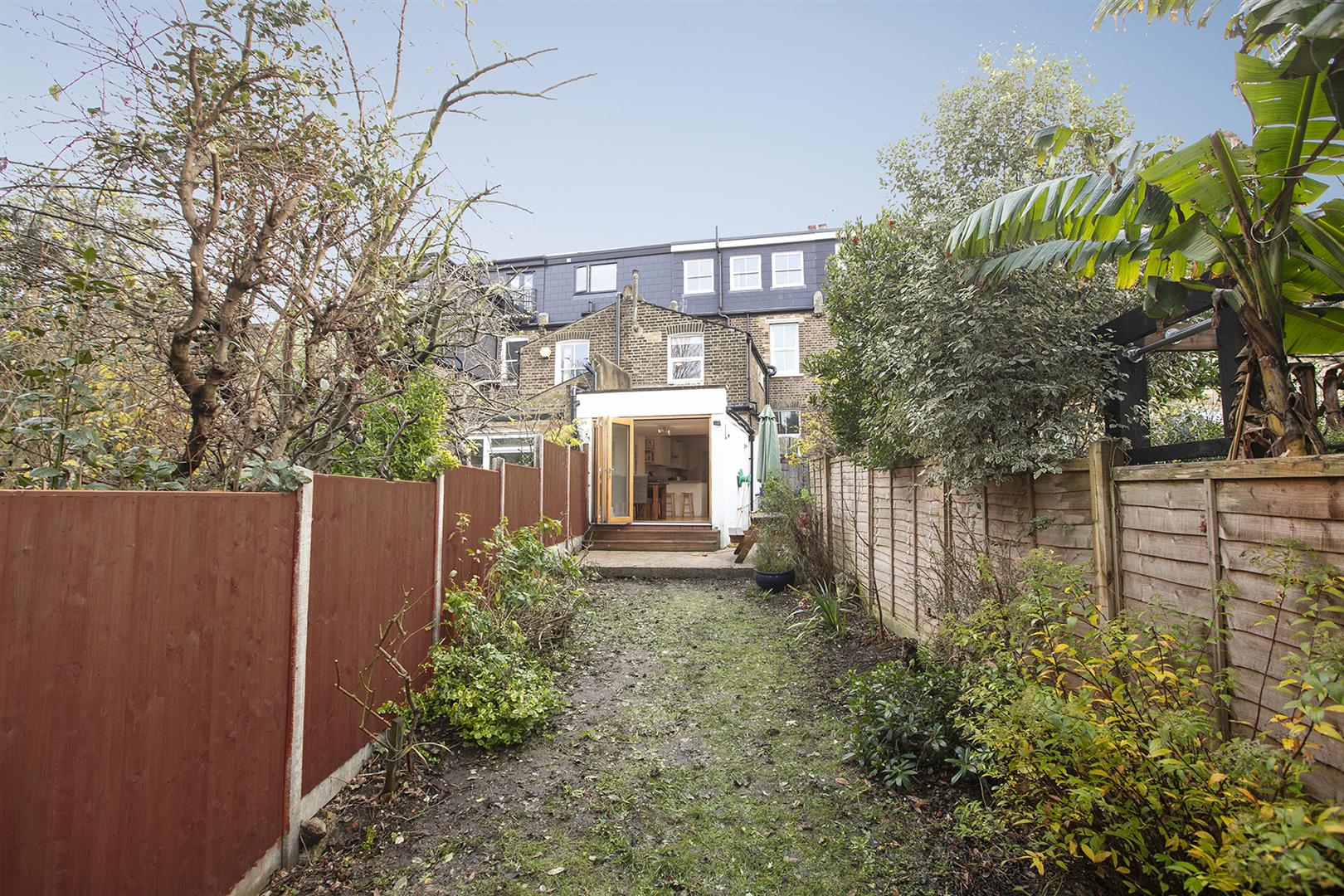 House - Terraced Sale Agreed in Buchan Road, Nunhead, SE15 760 view19