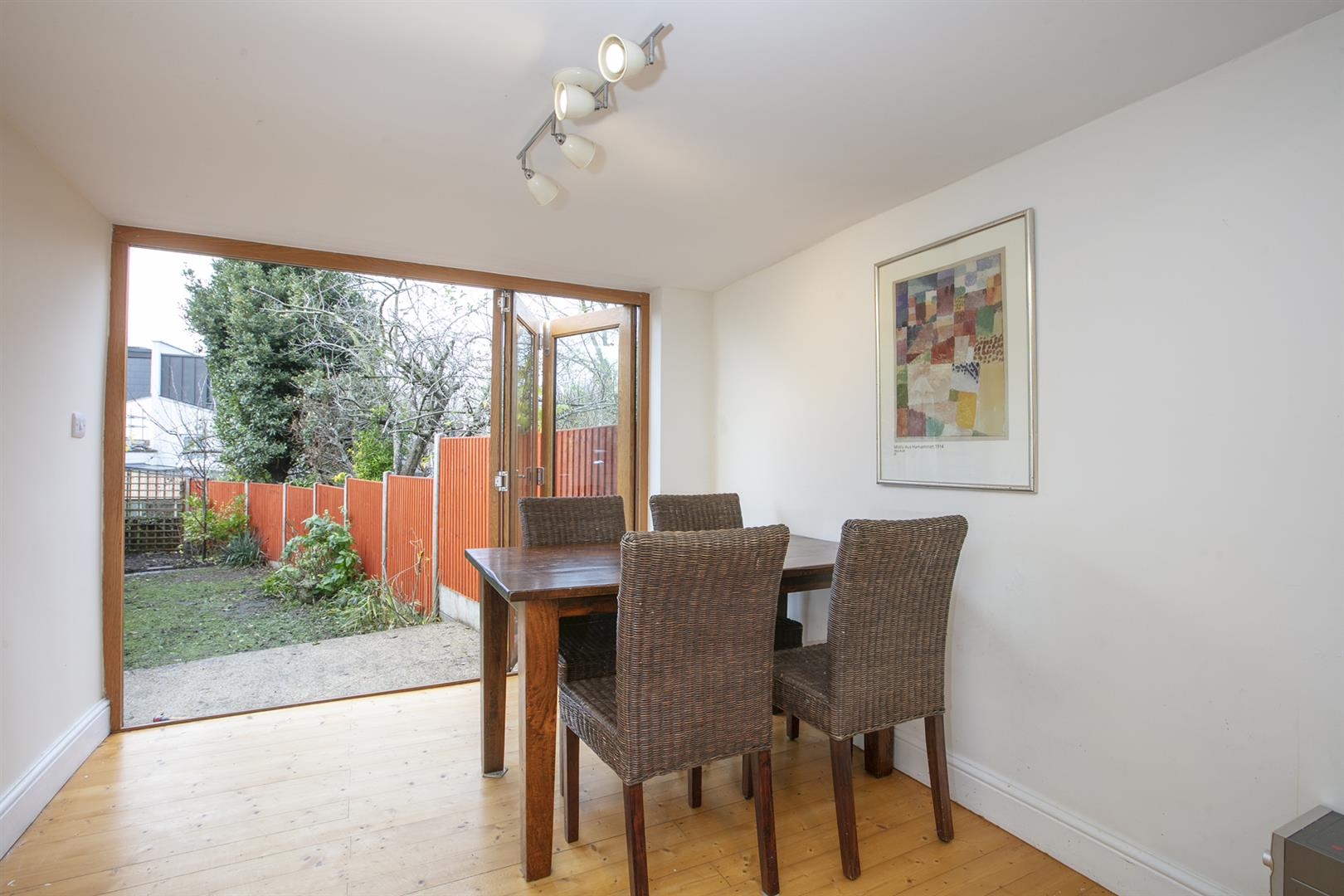 House - Terraced Sale Agreed in Buchan Road, Nunhead, SE15 760 view7