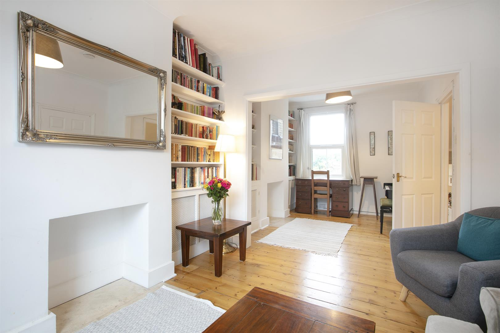 House - Terraced Sale Agreed in Buchan Road, Nunhead, SE15 760 view3