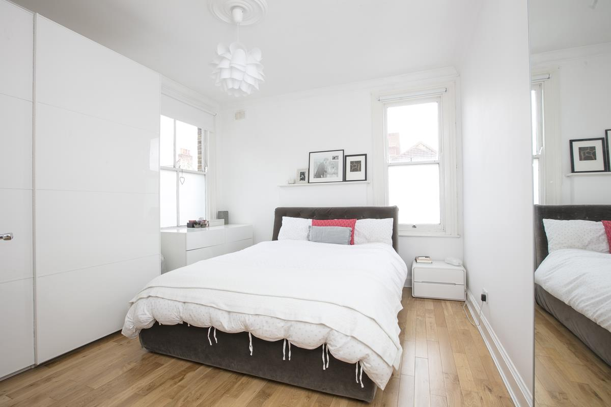Flat/Apartment Sale Agreed in Caldecot Road, Camberwell, SE5 379 view8