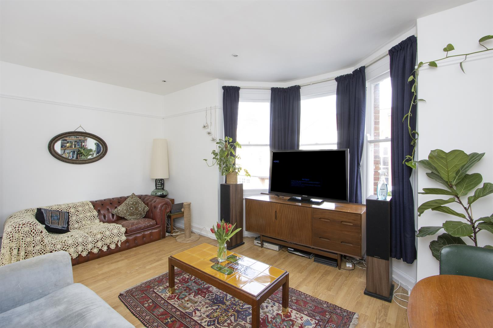 Flat - Purpose Built For Sale in Caldecot Road, Camberwell, SE5 805 view2
