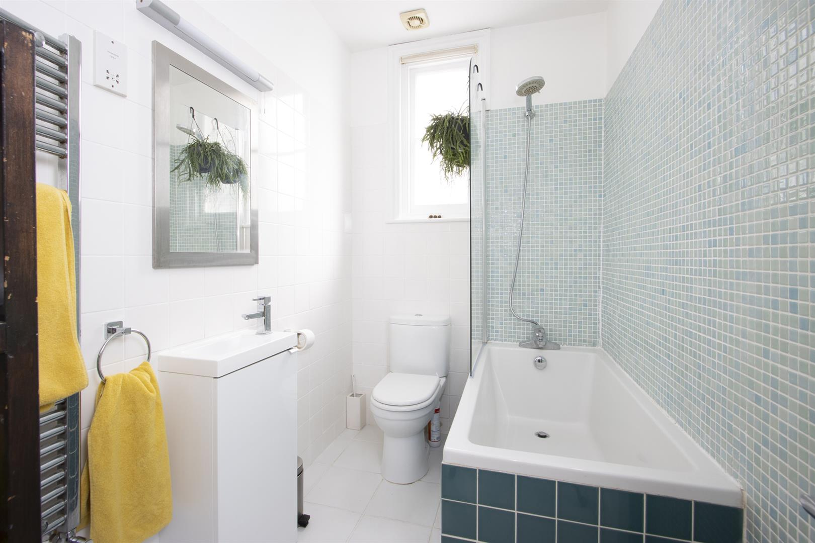 Flat - Purpose Built For Sale in Caldecot Road, Camberwell, SE5 805 view11