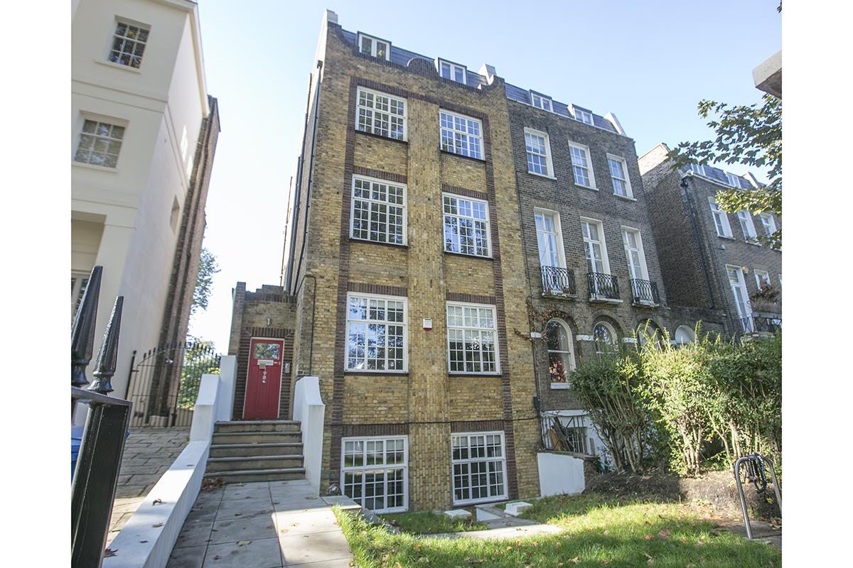 Flat - Conversion For Sale in Camberwell Grove, Camberwell, SE5 112 view2