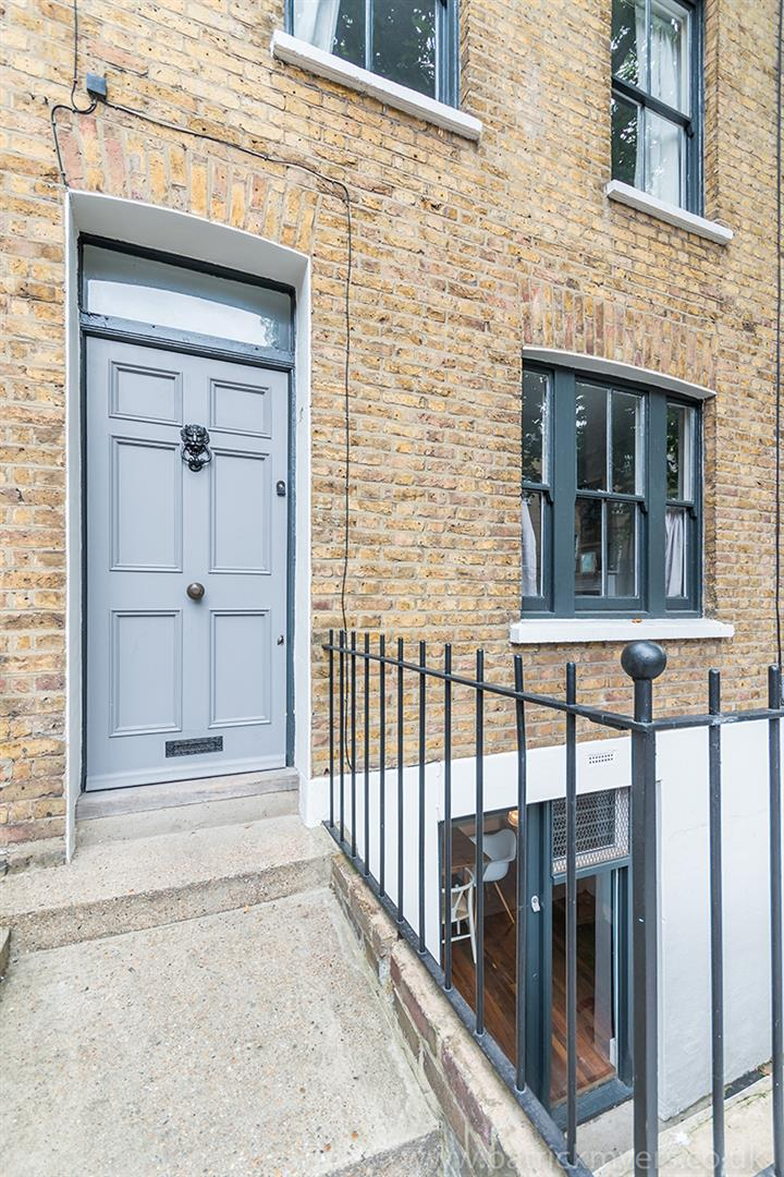 House - Terraced Sale Agreed in Camberwell Grove, Camberwell, SE5 299 view17