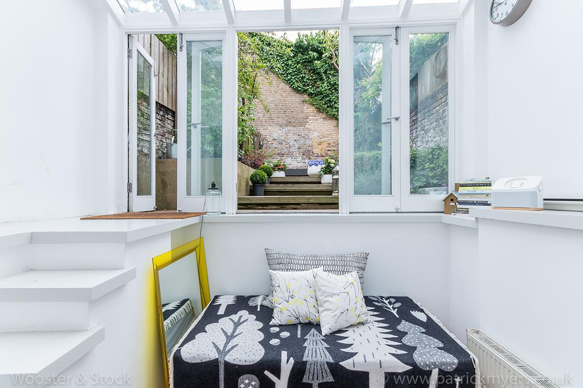 House - Terraced Sale Agreed in Camberwell Grove, Camberwell, SE5 299 view15