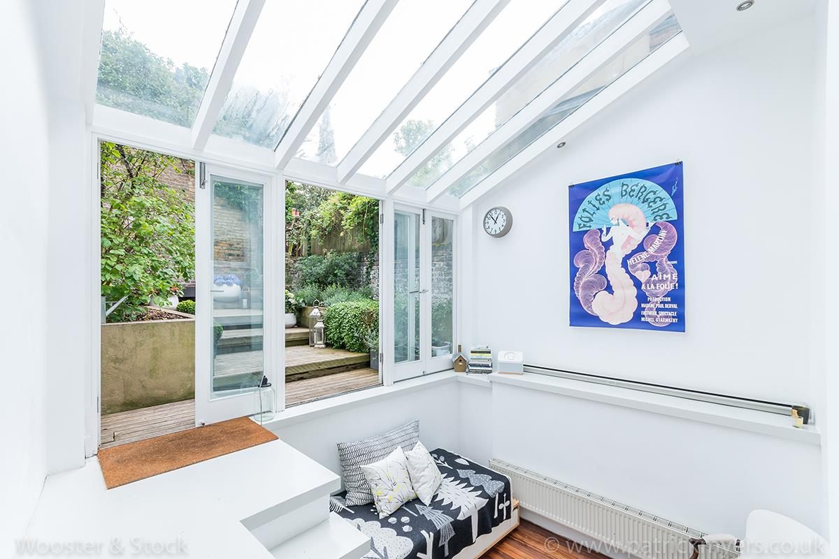 House - Terraced Sale Agreed in Camberwell Grove, Camberwell, SE5 299 view19