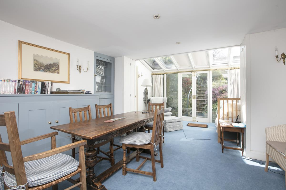 House - Semi-Detached Sold in Camberwell Grove, Camberwell, SE5 309 view6