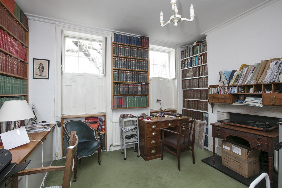 House - Semi-Detached Sold in Camberwell Grove, Camberwell, SE5 309 view12