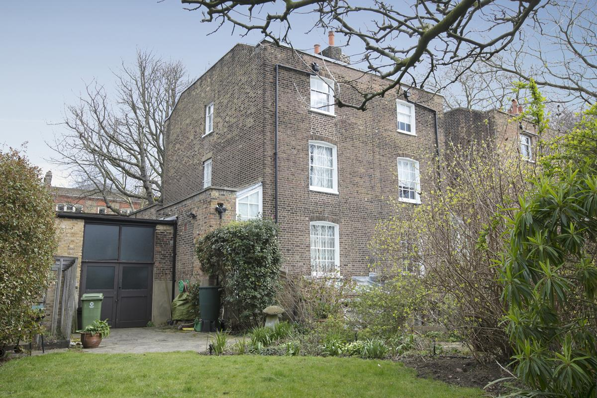 House - Semi-Detached Sold in Camberwell Grove, Camberwell, SE5 309 view21
