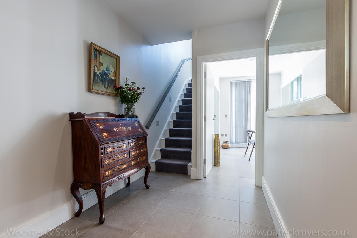 House - Semi-Detached For Sale in Camberwell Grove, Camberwell, SE5 380 view17