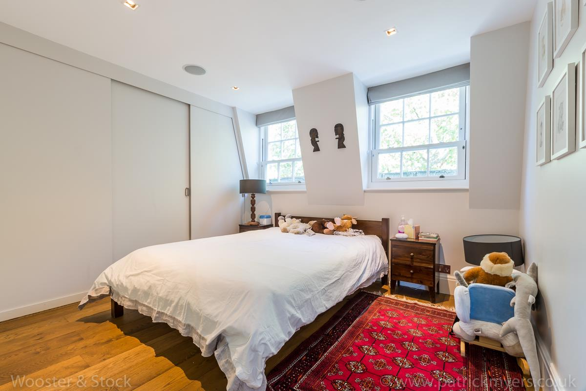 House - Semi-Detached For Sale in Camberwell Grove, Camberwell, SE5 380 view30