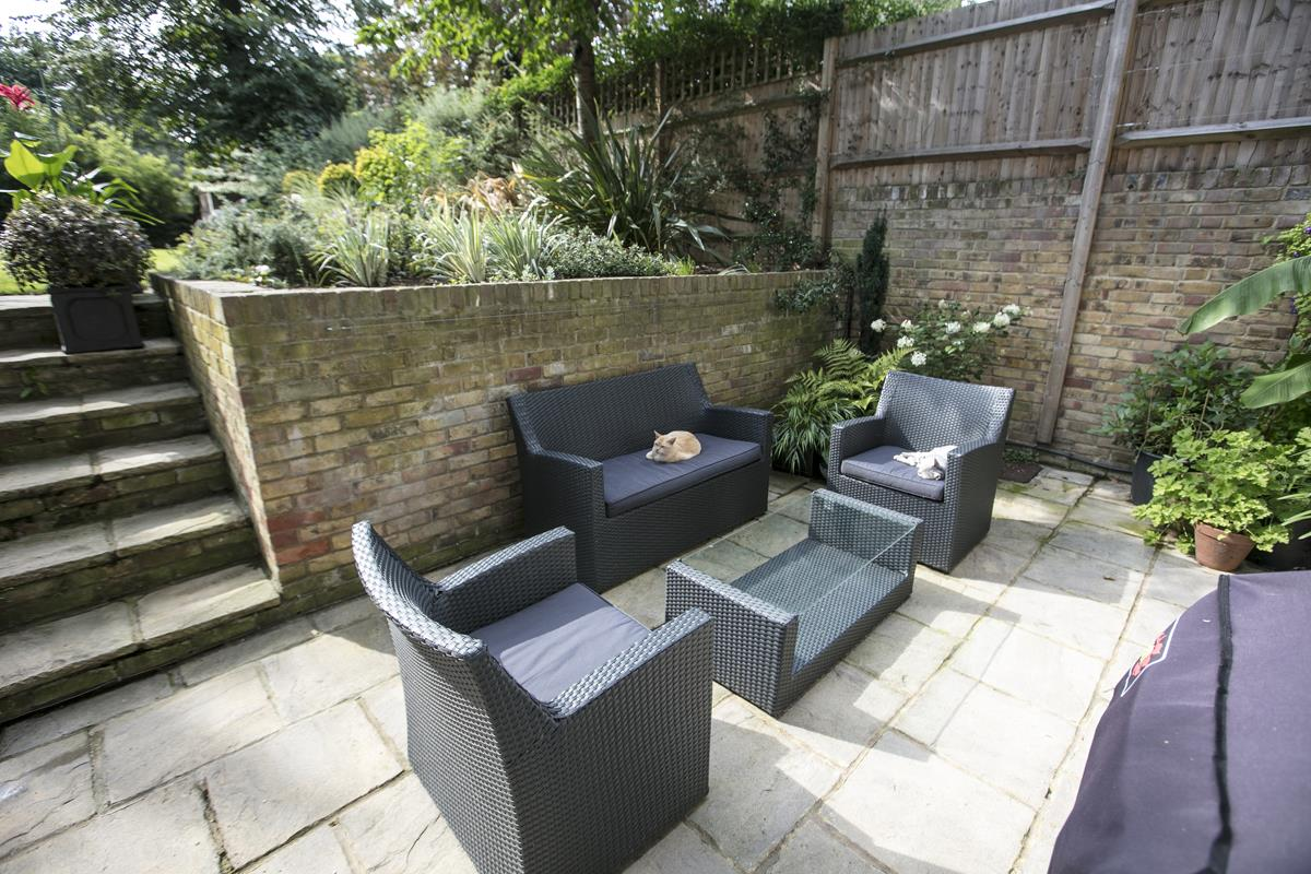 House - Terraced For Sale in Camberwell Grove, Camberwell, SE5 384 view33