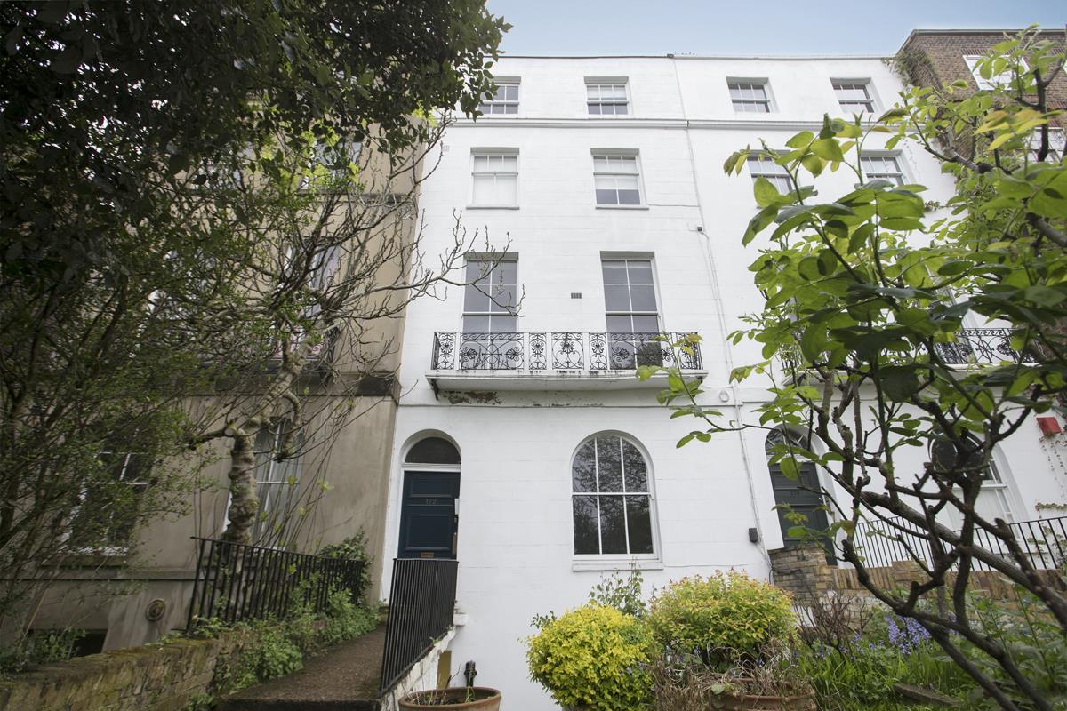 Flat - Conversion Sale Agreed in Camberwell Grove, Camberwell, SE5 401 view2