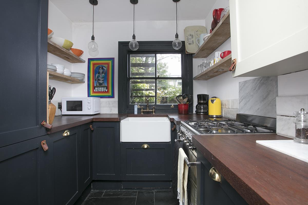 Flat - Conversion Sale Agreed in Camberwell Grove, Camberwell, SE5 401 view3