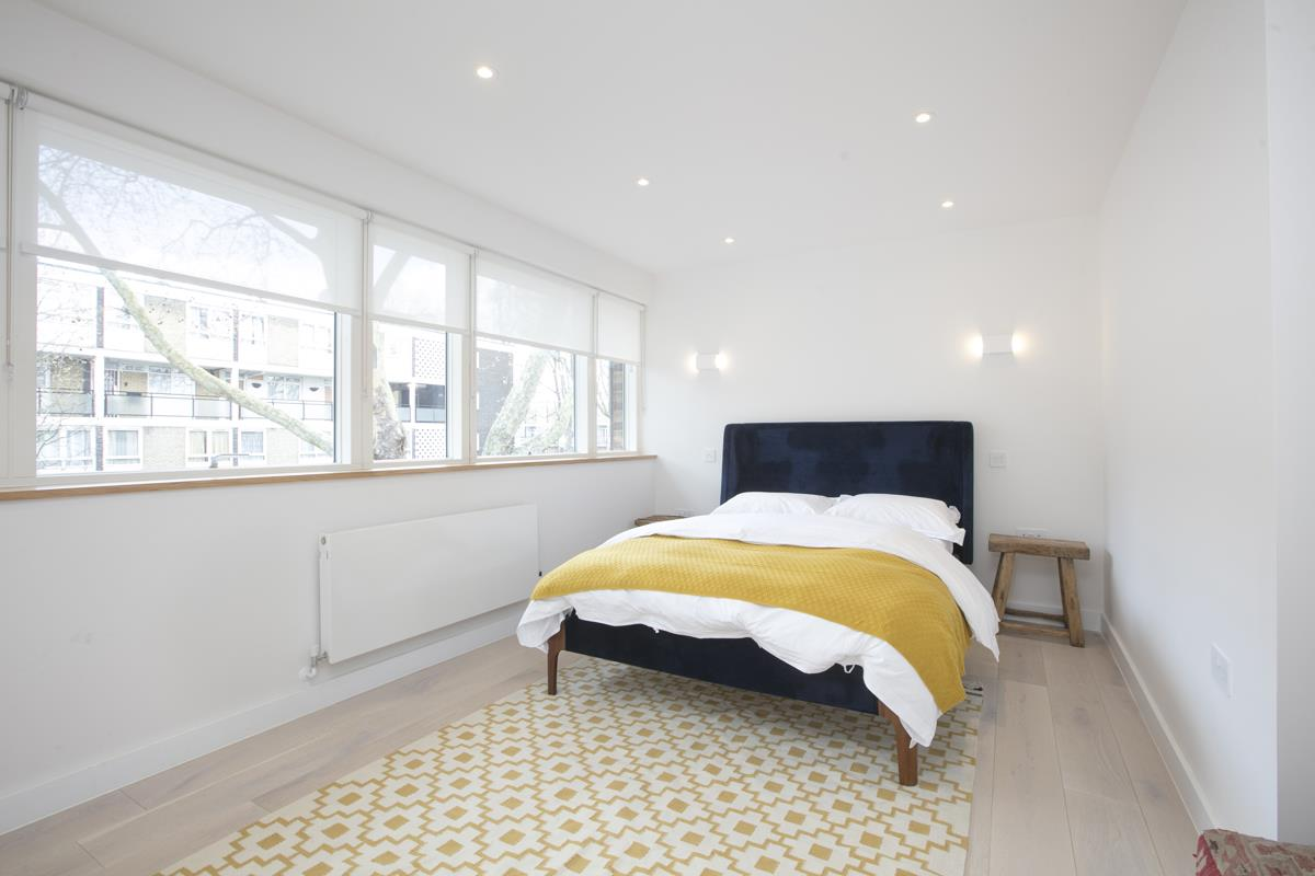 House - End Terrace For Sale in Camberwell Grove, Camberwell, SE5 422 view15