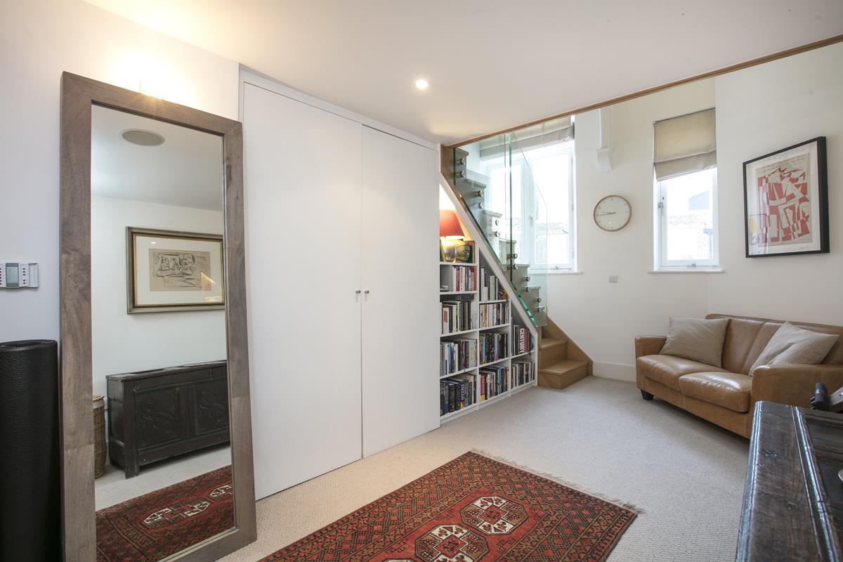 Flat - Purpose Built For Sale in Camberwell Grove, Camberwell, SE5 441 view23