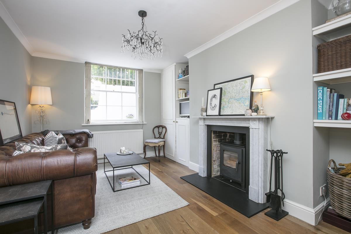 Flat - Conversion Sale Agreed in Camberwell Grove, Camberwell, SE5 448 view2