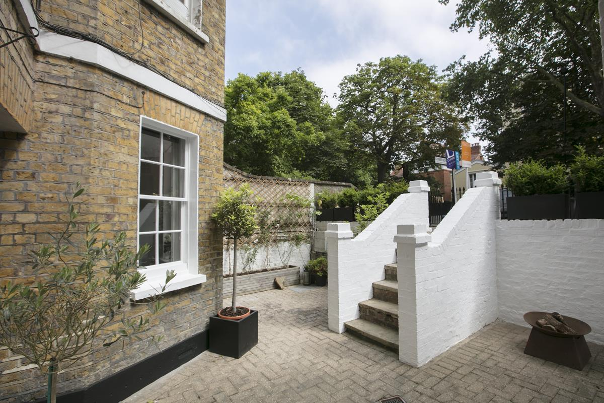 Flat - Conversion Sale Agreed in Camberwell Grove, Camberwell, SE5 448 view4