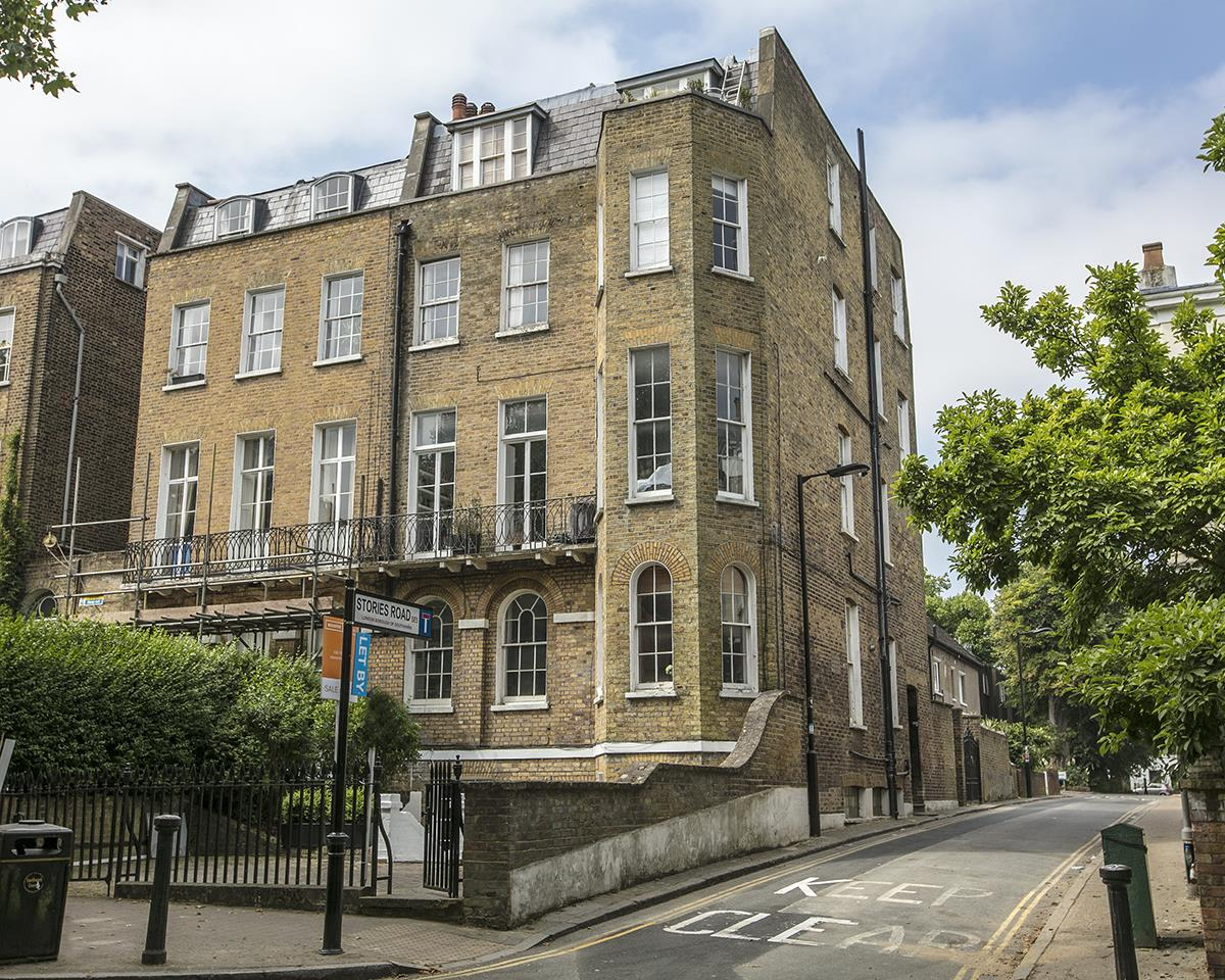 Flat - Conversion Sale Agreed in Camberwell Grove, Camberwell, SE5 448 view1