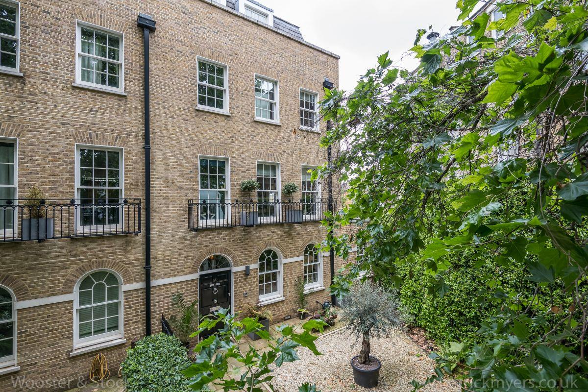 House - End Terrace Sale Agreed in Camberwell Grove, Camberwell, SE5 458 view1