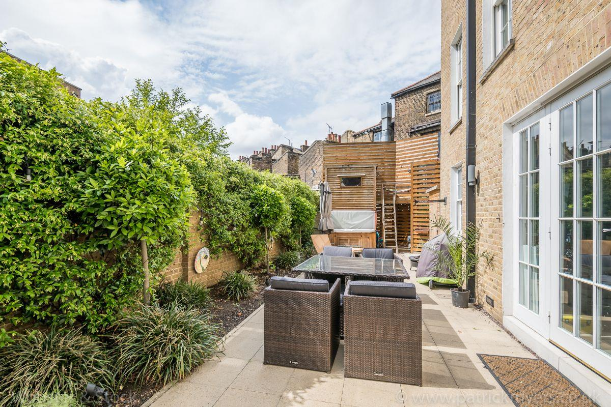 House - End Terrace Sale Agreed in Camberwell Grove, Camberwell, SE5 458 view9