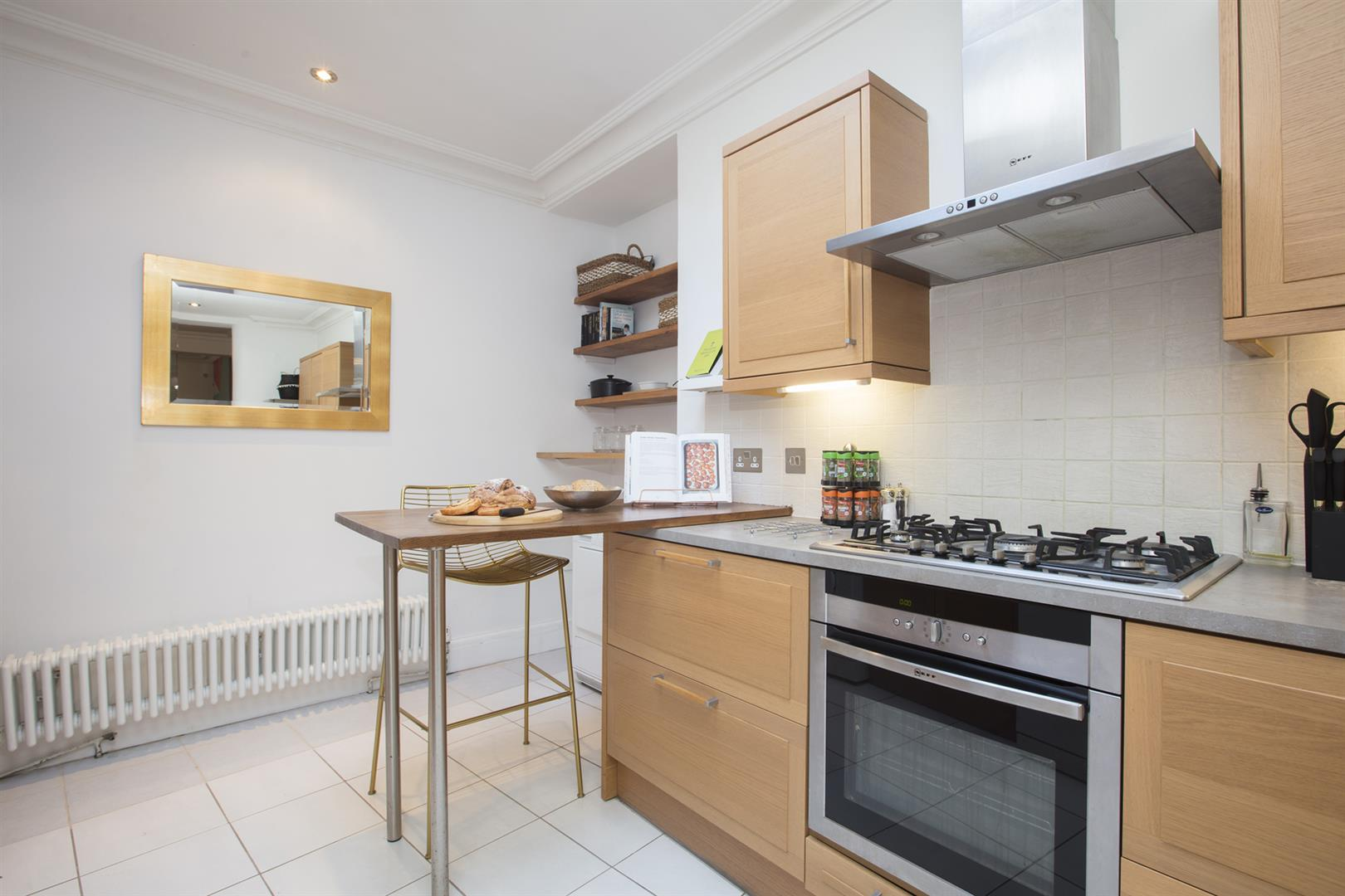 House - Terraced For Sale in Camberwell Grove, Camberwell, SE5 523 view7