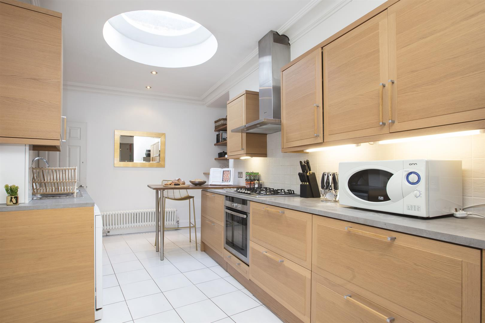 House - Terraced For Sale in Camberwell Grove, Camberwell, SE5 523 view5