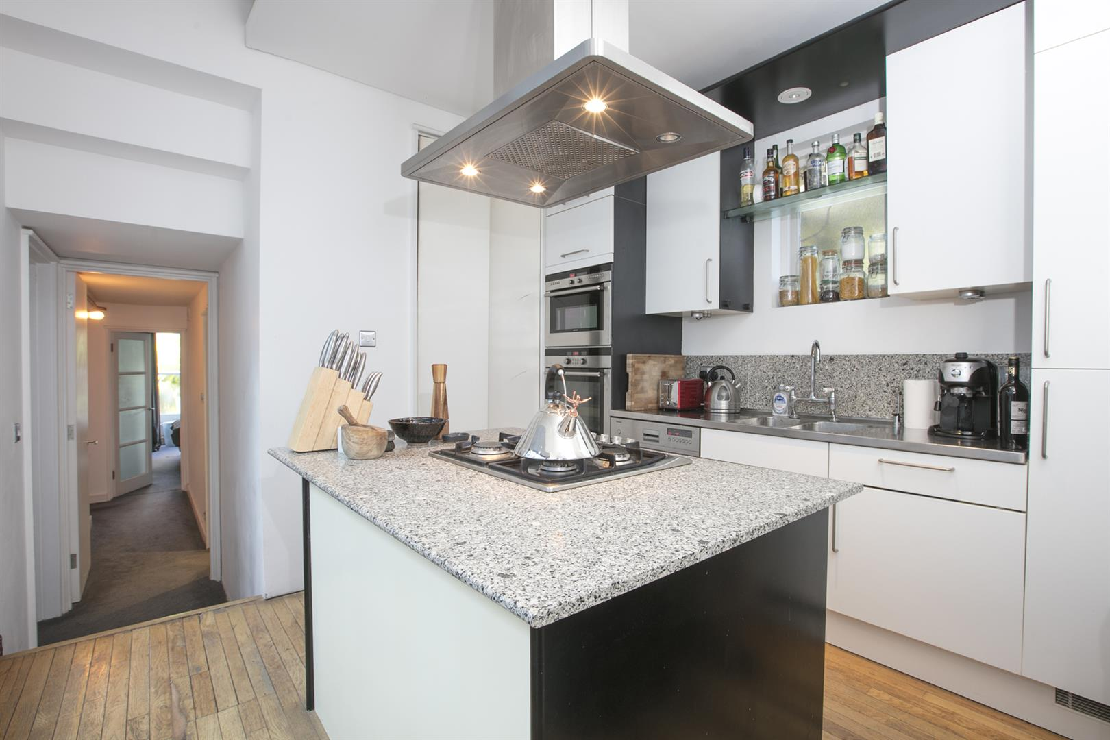Flat/Apartment Sale Agreed in Camberwell Grove, Camberwell, SE5 526 view5